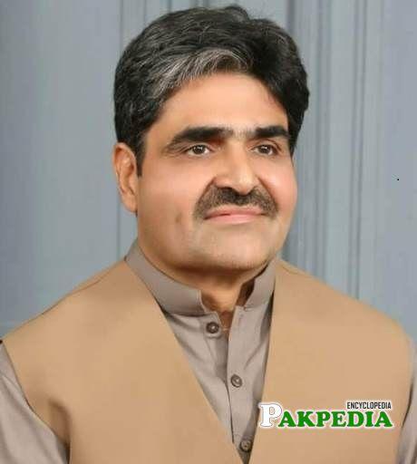 Senior orthopedic surgon Mazhar Iqbal
