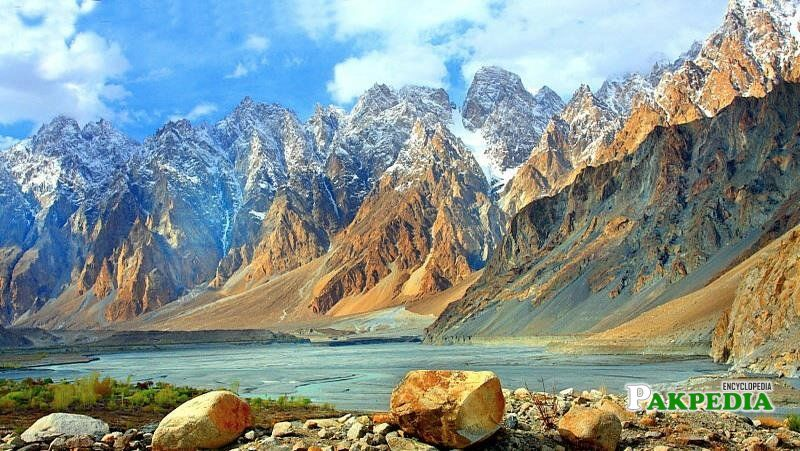 Hunza Valley is about 3 hours' drive from Gilgit