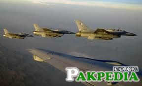 Pakistan Air Force 4 Plans Together