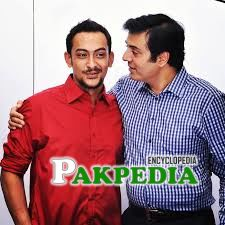 Faris Shafi with the legendary Nauman Ijaz