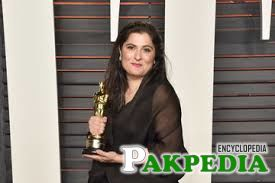 Pak director Sharmeen Obaid-Chinoy wins Oscar for honour killings movie