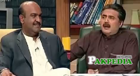 Nadeem Afzal with Aftab Iqbal in 'Khabardar'