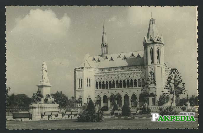 Black and white image of Frere hall