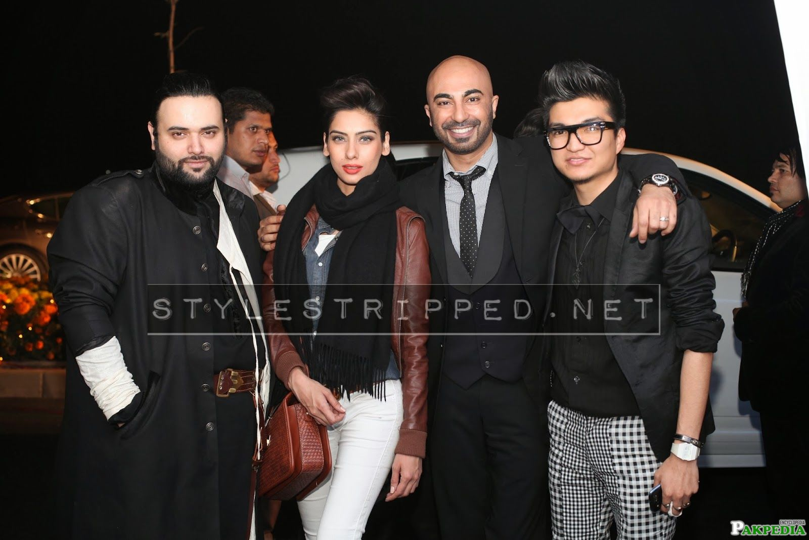HSY with his Friends