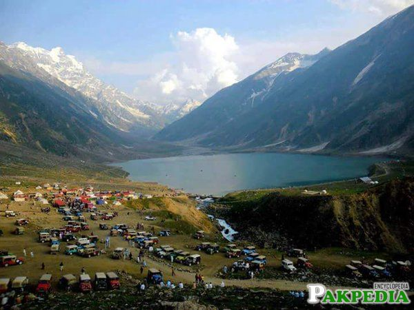 Lake Saiful Malook Great Rush Of People