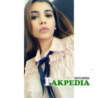 Minna Tariq Biography