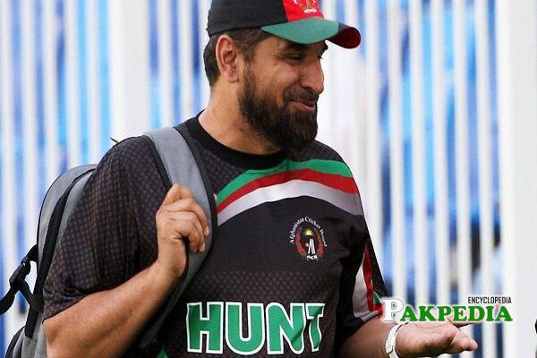 Kabir Khan scores