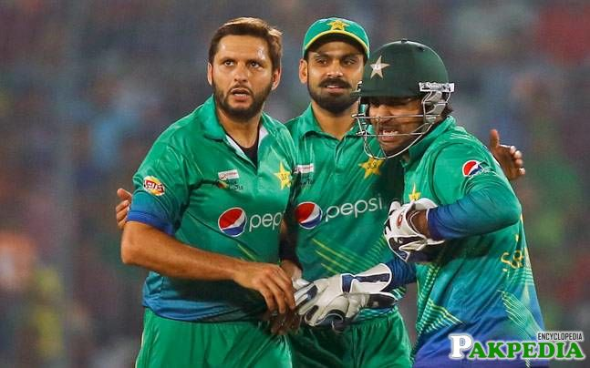 Pakistan Cricket Board not planning to sack Shahid Afridi despite Asia Cup humiliation