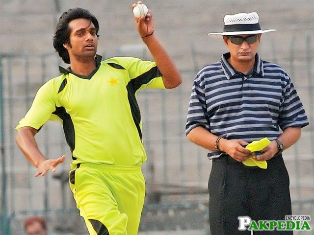 Rahat with Umpire