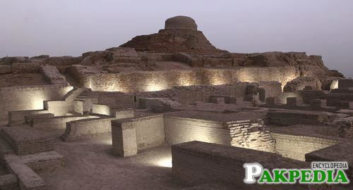 Larkana Historical Place