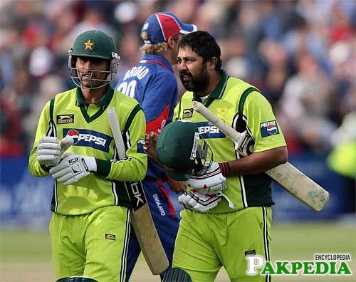 Inzamam-ul-Haq and Abdul Razzaq