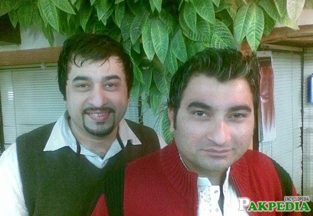 Danish Nawaz with his brother