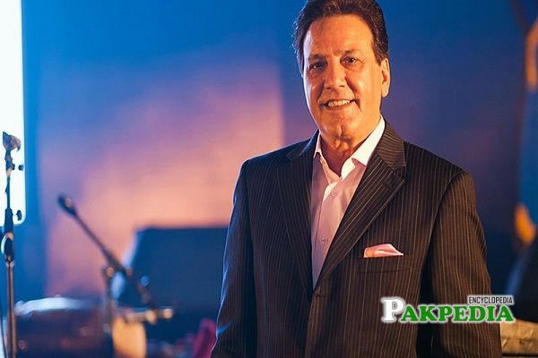 Javed Sheikh Biography