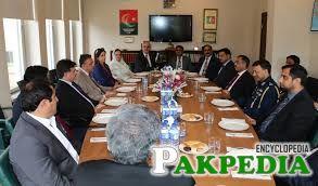 Khuwaja Sohail Mansoor In Meeting