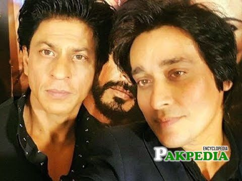Sahir lodhi with Shahrukh Khan