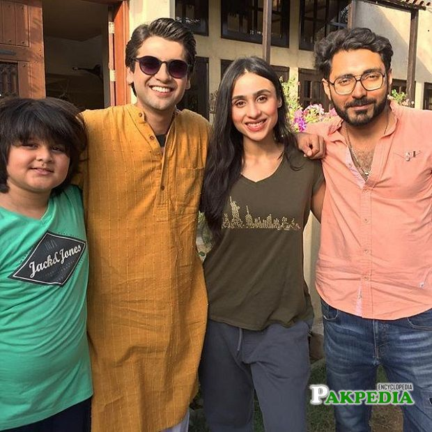 Raza Talish with the cast of 'Suno chanda'