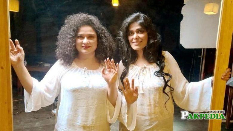 Sania Saeed on sets of Manto