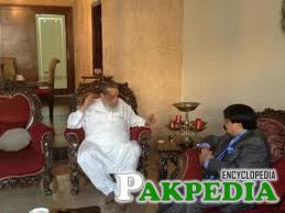 Abdul Razzak Yaqoob in Home