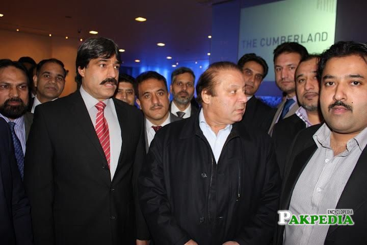 Zeeshan Rafique with the members of PMLN