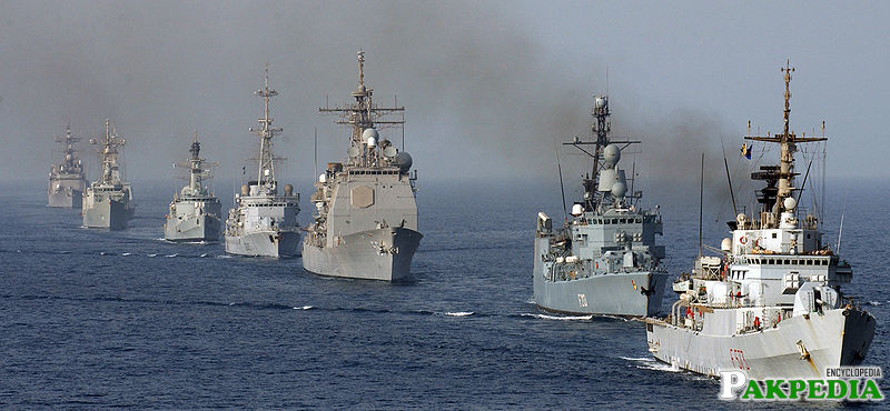 Pakistan Navy Ships Line to Line
