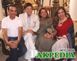 Qavi Khan with old friends
