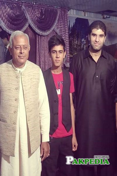 Taimoor Masood family