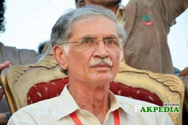 Pervez Khattak Biography