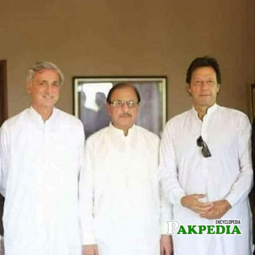 Mian Tariq Abdullah with PM Imran Khan and Jahangir Tareen
