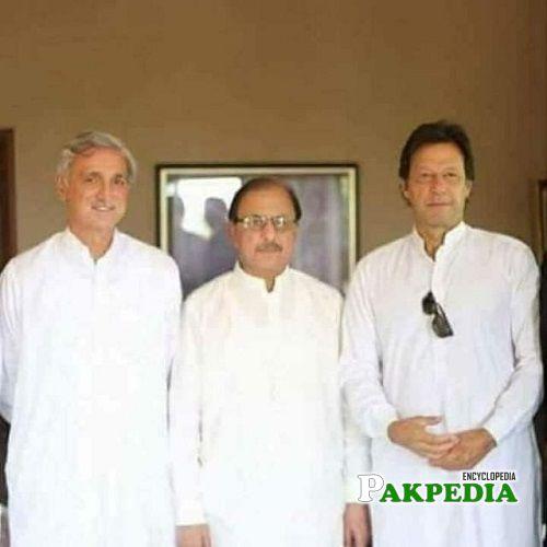 Mian Tariq Abdullah with PM Imran Khan and Jahangir Tareen