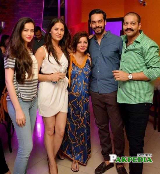 Nausheen Shah at her birthday party