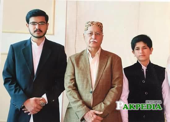 With his nephews
