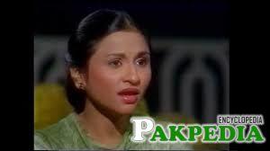 Nayyara Noor had no formal musical background