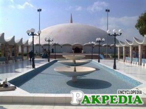 Masjid e Tooba karachi