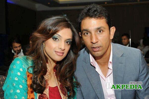 Azhar Mahmood Wife