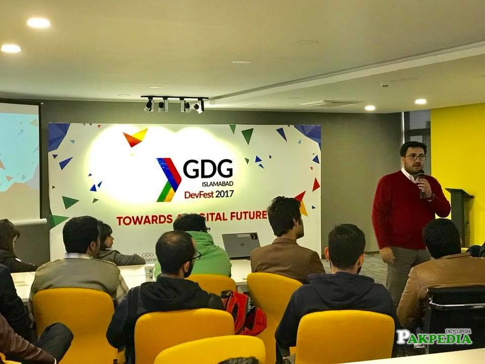 Hosted a show at NIC Islamabad with team of GDG