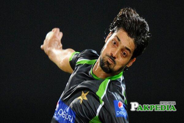 Anwar Ali cricketer