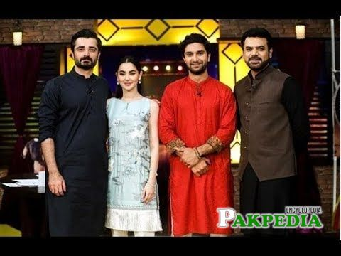 Hania on sets of Mazak raat for promoting her film