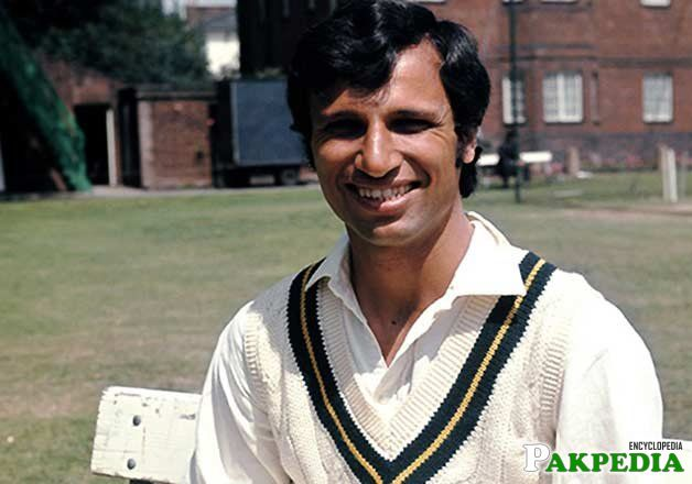Asif Iqbal Razvi in Academy