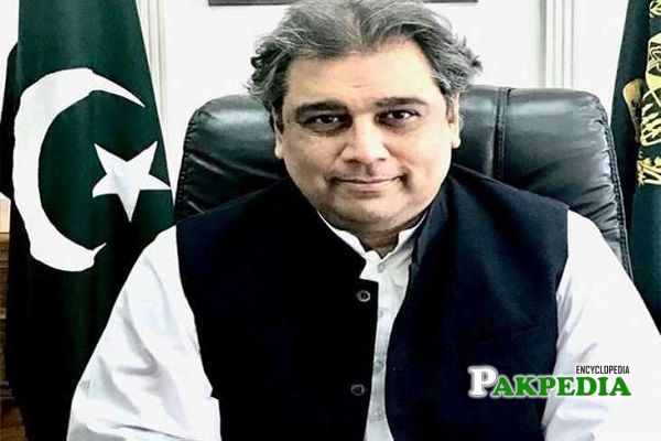 Ali Haider Zaidi founded campaign 'Lets clean Pakistan'