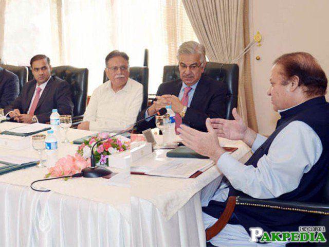 Abid Sher Ali with mian nawaz shareef