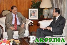 Chinese ambassador to Pakistan Sun Weidong calls on President Mamnoon Hussain