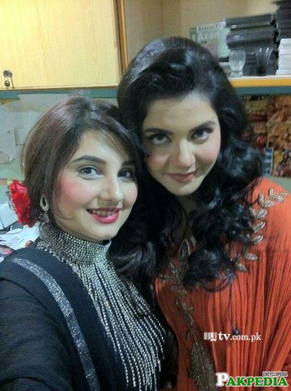 Javeria saud with nida yasir