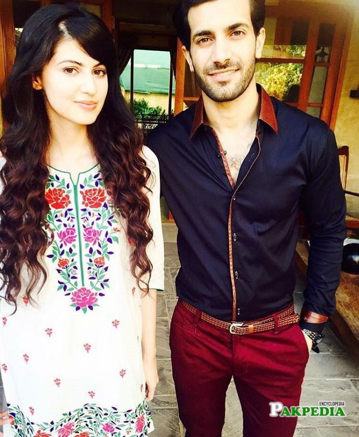 Shahzad with Anam Gohar on sets of 'Ye Ishq'