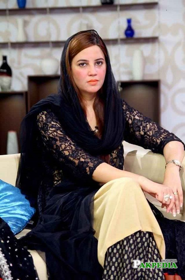Zartaj gul age is 34