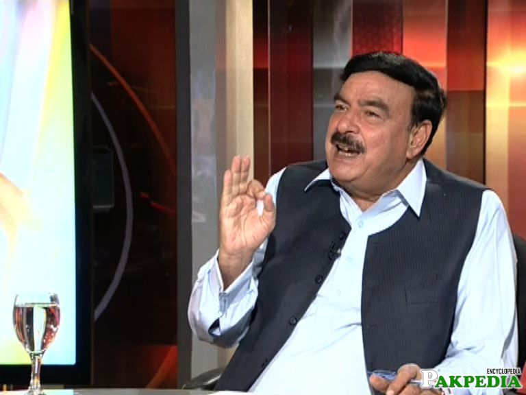 Sheikh Rasheed Ahmad in Talk Show