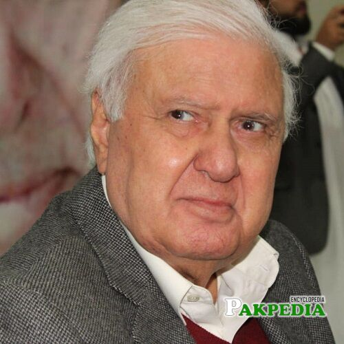 Aftab Ahmad Khan Sherpao Biography