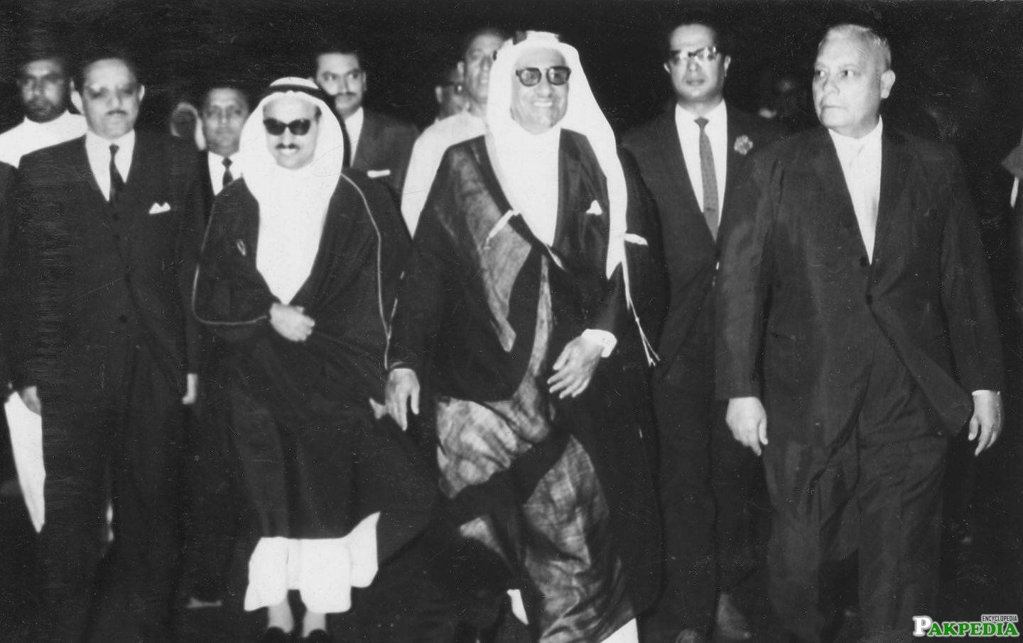 Ghulam Faruque Khan with Minister of Kuwait