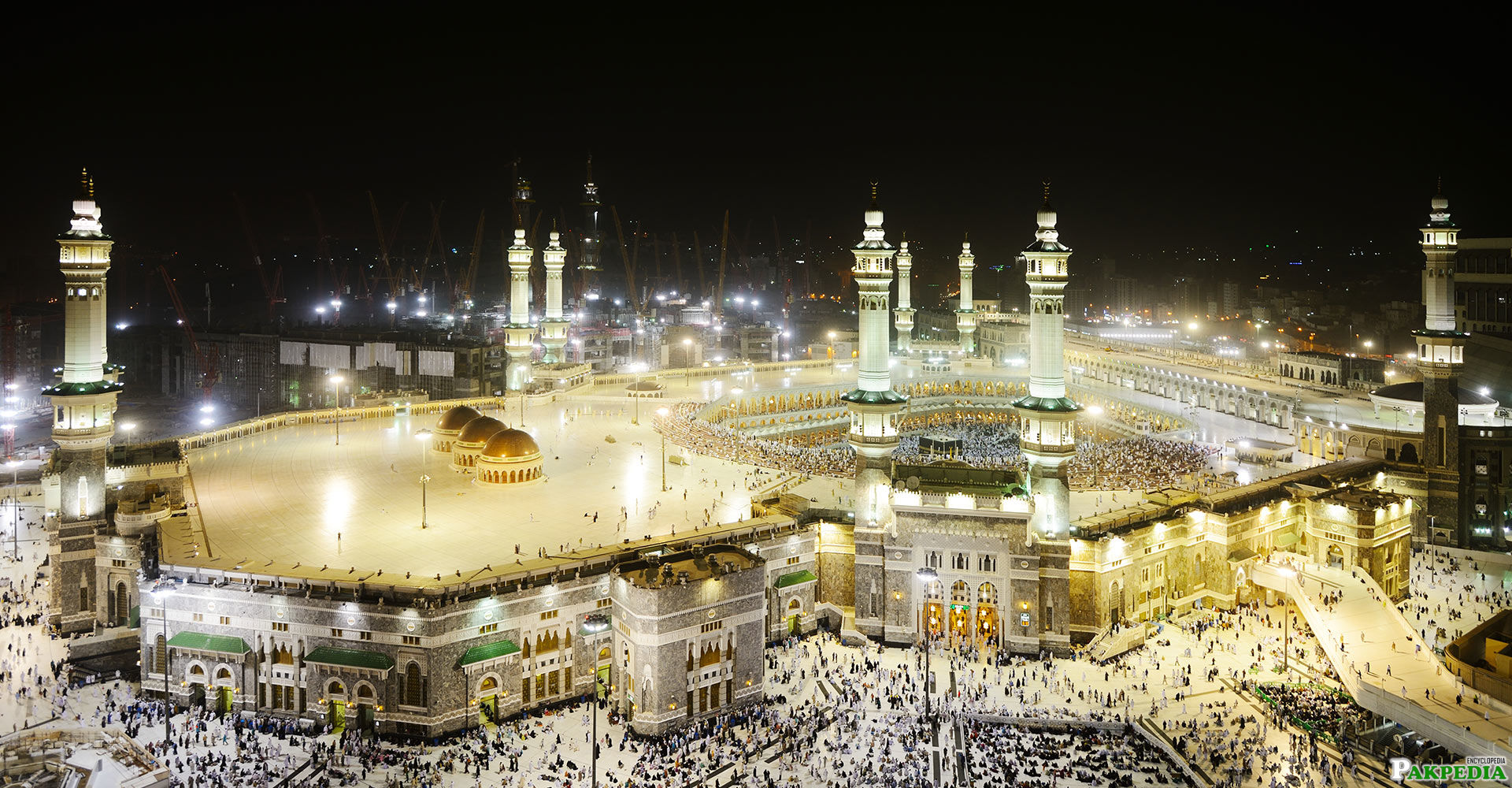 Night scene makkah