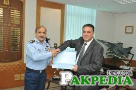Khuwaja Sohail Mansoor with PAF officer