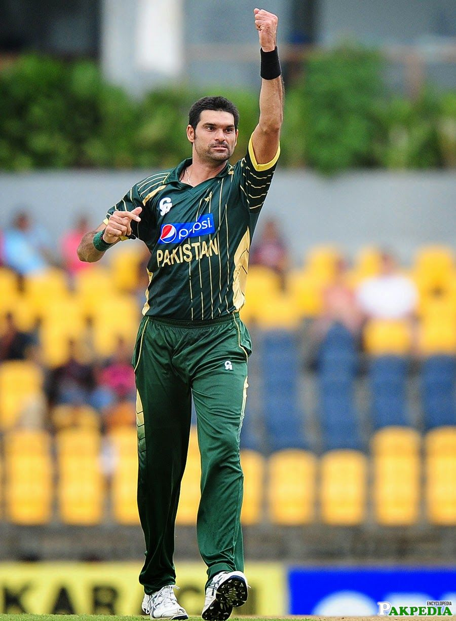 Mohammad Irfan in a Ground